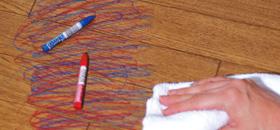 Le Plus フローリングWAXならお子様が書いたらくがきもすぐに拭き取れます。