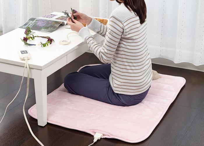 SB-HP900 あったかパーソナルマット リビングでも寝室でも、使う場所にあわせて選べるバリエーション。