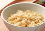 ビタクラフトスーパー圧力鍋なら玄米などの手のかかる固い材料も素早く柔らかくします。